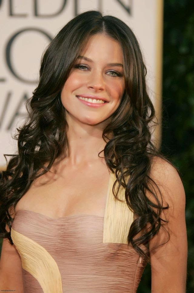 Evangeline Lilly Cute Images