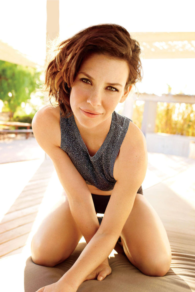 Evangeline Lilly Swimsuit Pictures