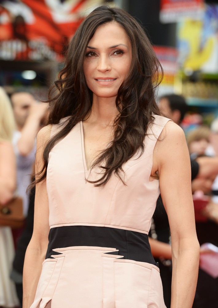 Famke Janssen Sexy Wallpapers