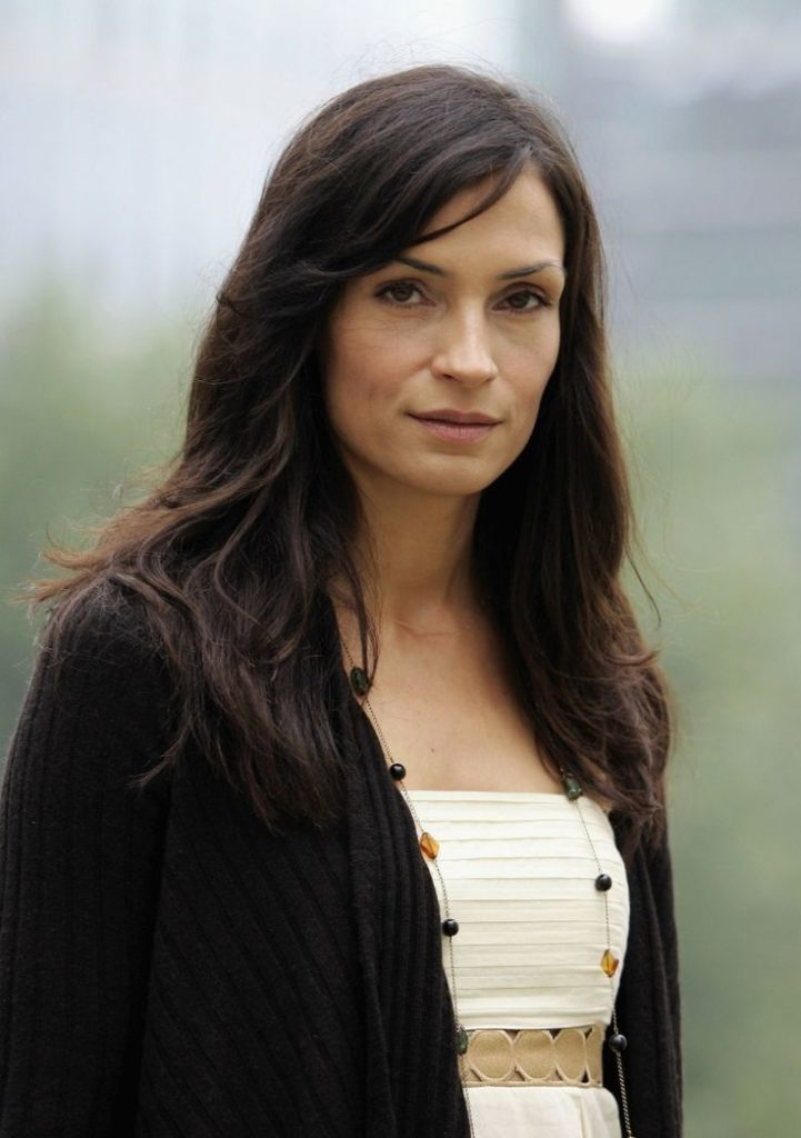 Famke Janssen Yoga Pants Images