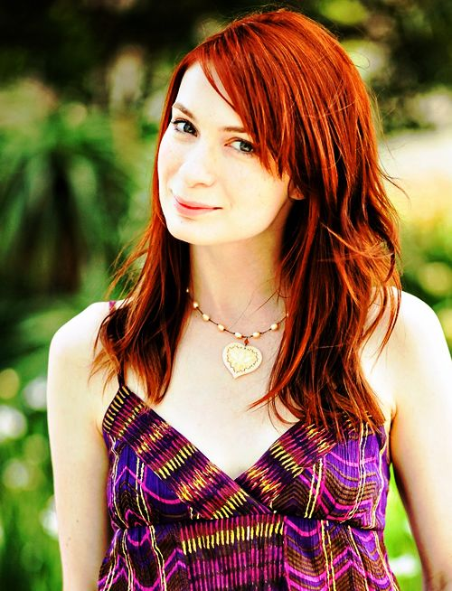 Felicia Day In Gown Pics