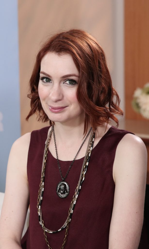 Felicia Day Sexy Pictures