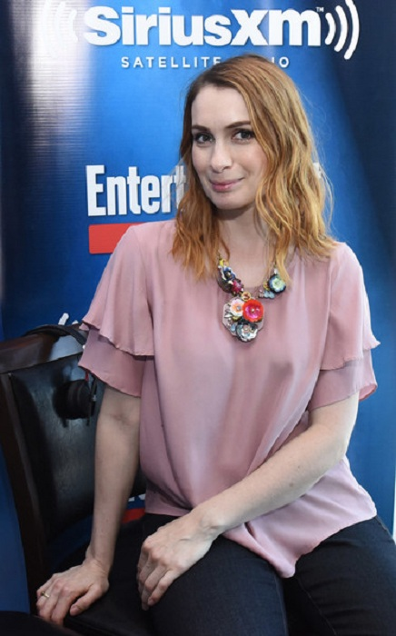 Felicia Day Yoga Pants Pictures