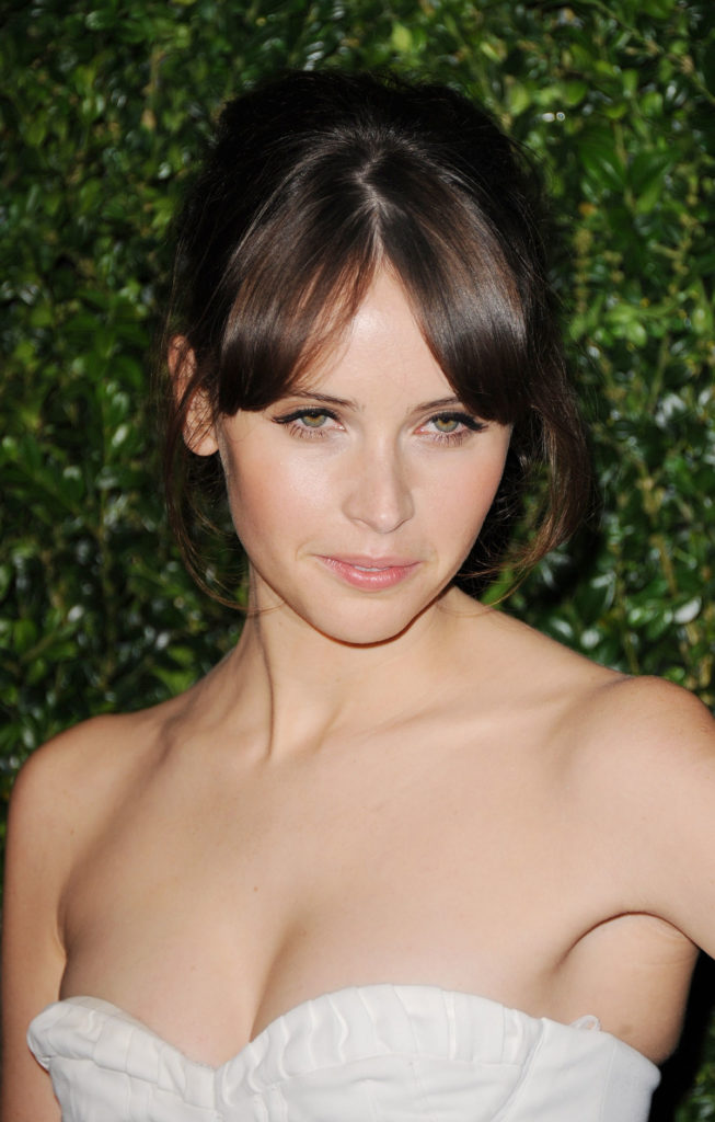 Felicity Jones Cleavage Wallpapers