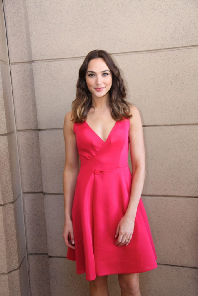 Gal Gadot Hot Wallpapers