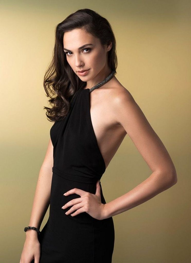 Gal Gadot Muscles Pictures