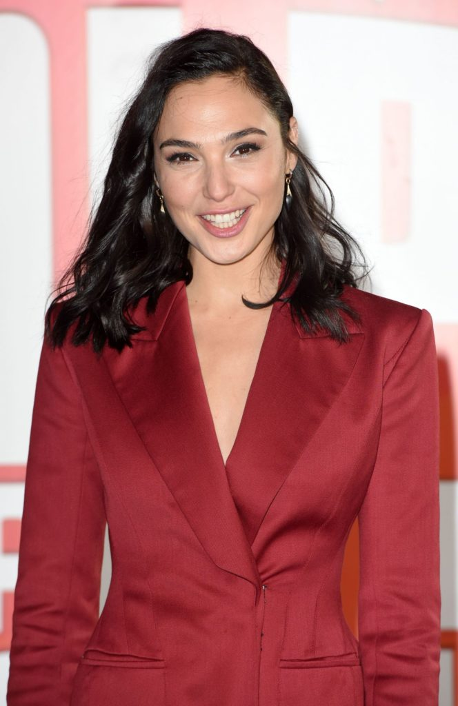Gal Gadot No Makeup Wallpapers