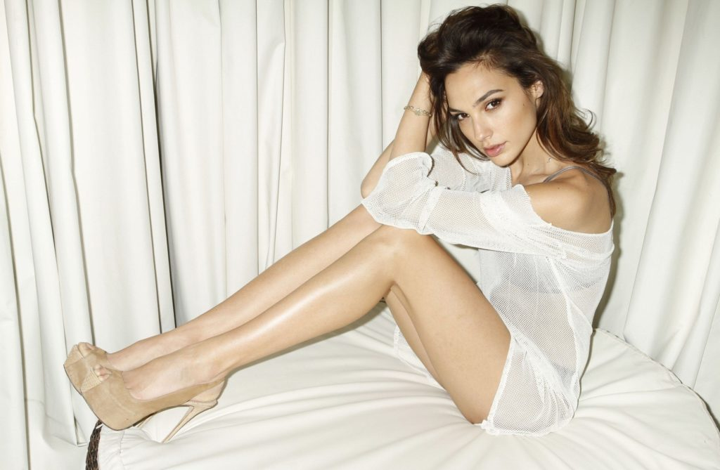 Gal Gadot Workout Wallpapers