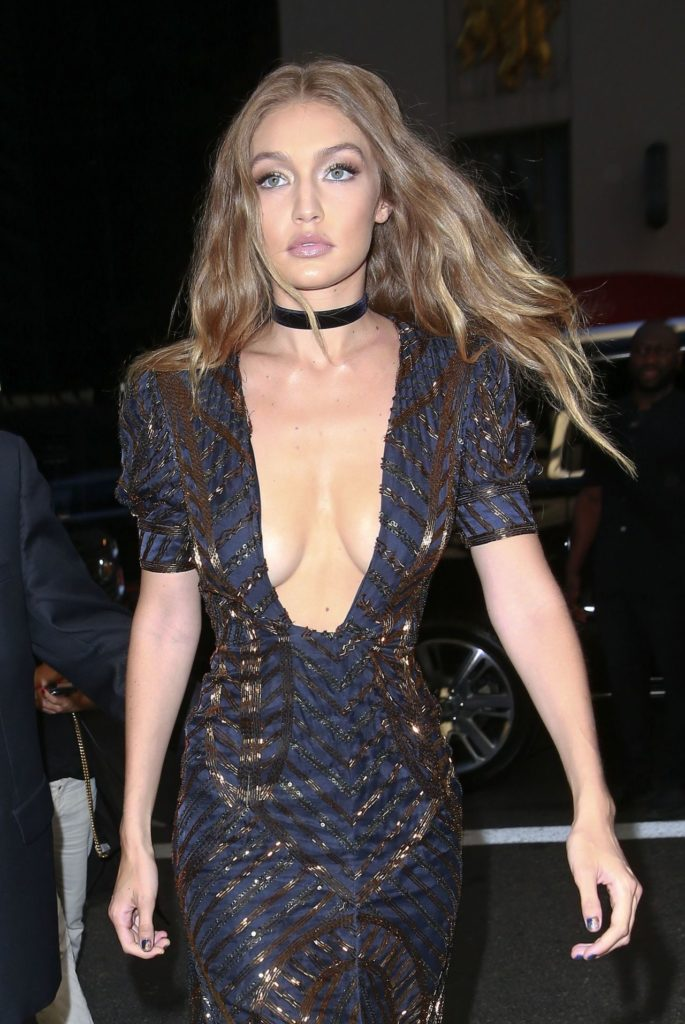 Gigi Hadid Boobs Pictures
