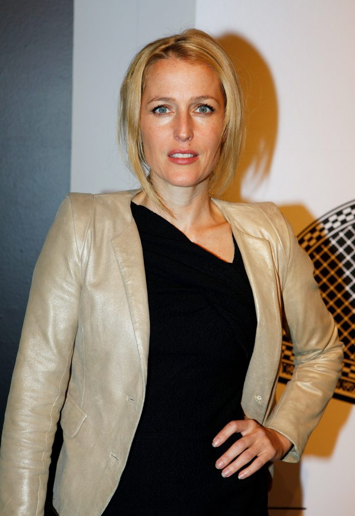 Gillian Anderson Cleavage Images
