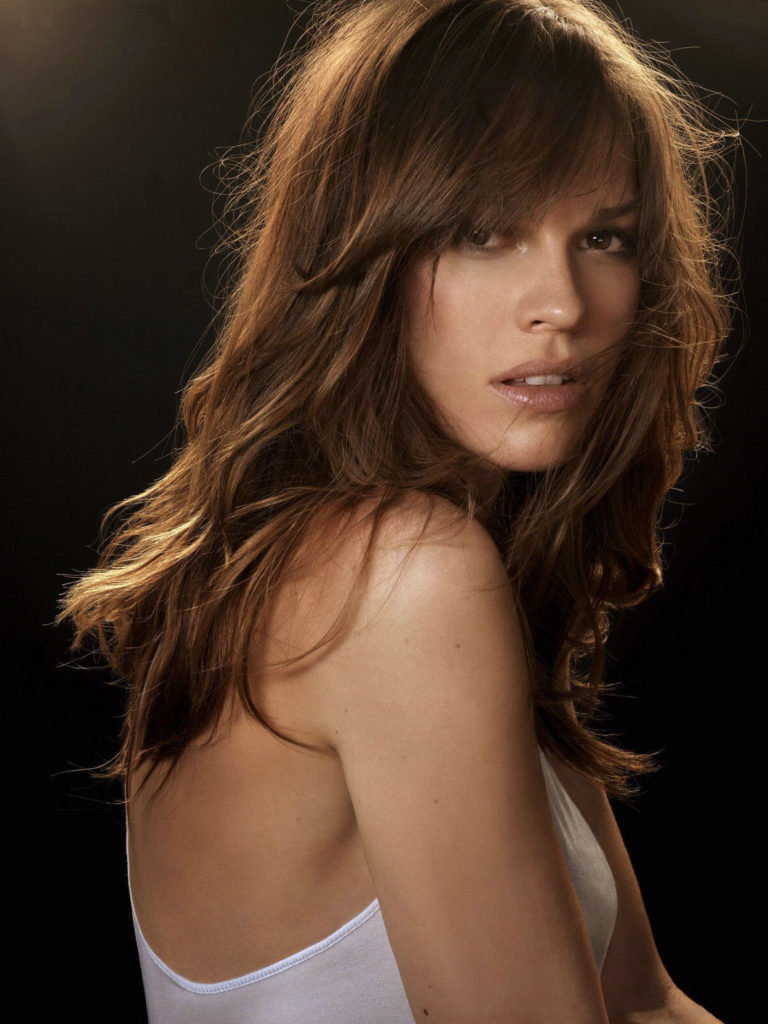 Hilary Swank Bra Pictures
