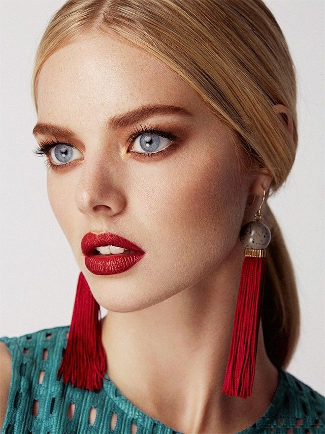 Samara Weaving Cute Pics