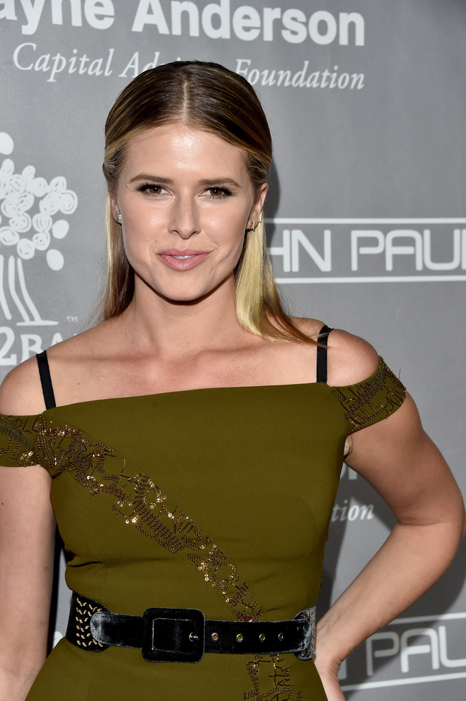 Sarah Wright Hot Pictures