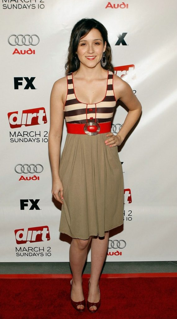 Shannon Woodward Feet Images