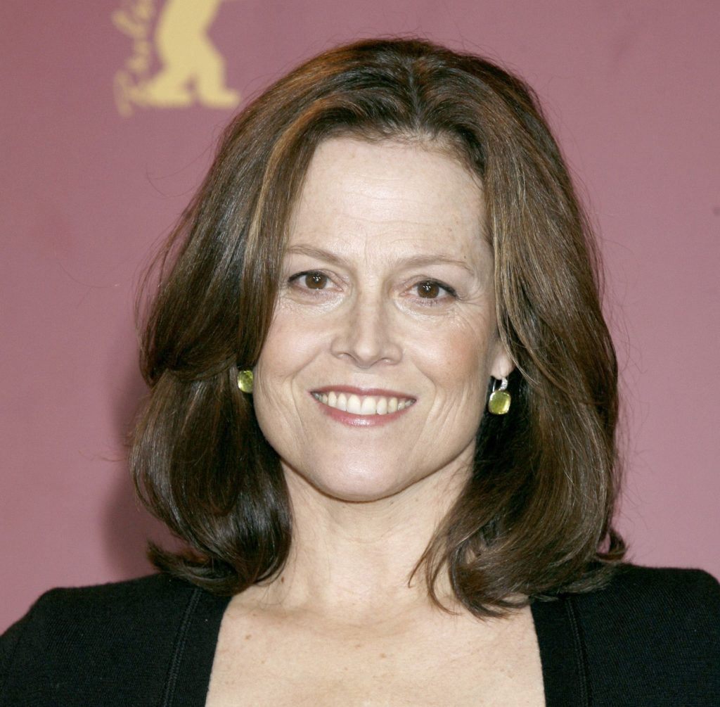 Sigourney Weaver Hair Style Images