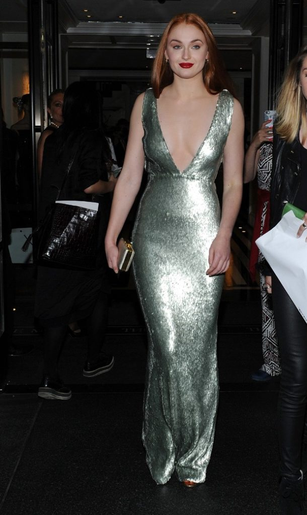 Sophie Turner In Gown Pics
