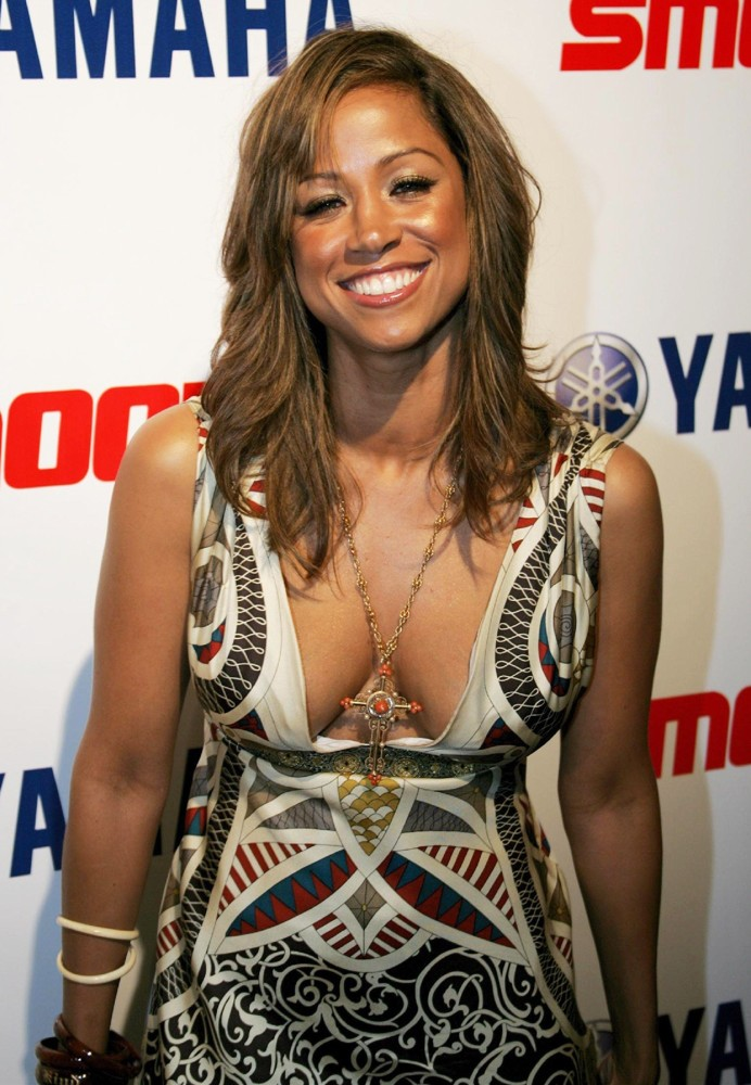 Stacey Dash Braless Photos