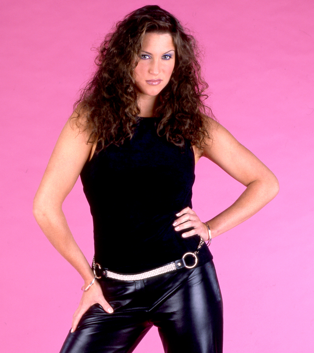 Stephanie McMahon Haircut Pictures