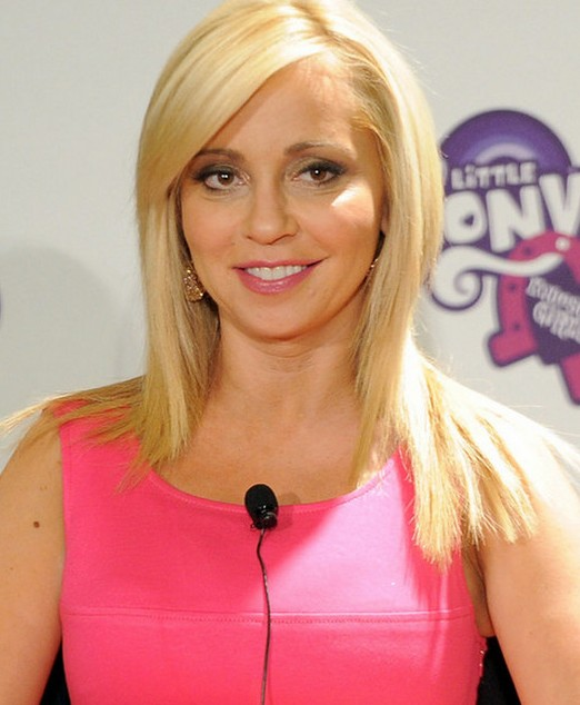 Tara Strong Cleavage Wallpapers