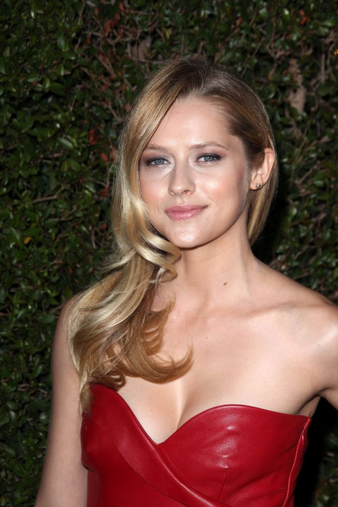 Teresa Palmer Oops Moment Wallpapers