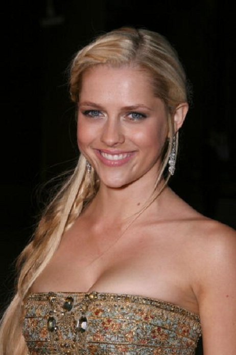 Teresa Palmer Topless Pictures