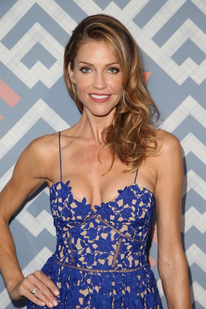 Tricia Helfer Cleavage Images