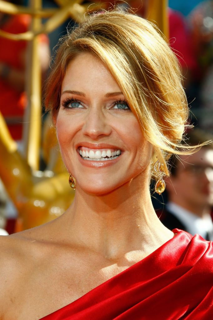 Tricia Helfer Hair Style Images