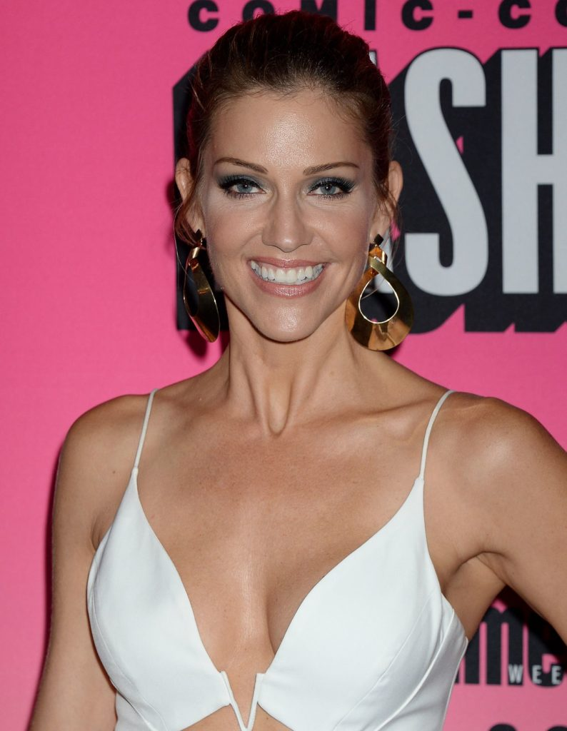 Tricia Helfer Undergarments Photos