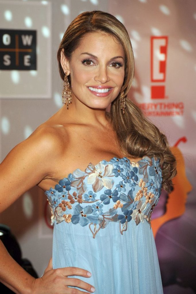 Trish Stratus Braless Wallpapers