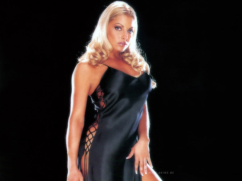 Trish Stratus Muscles Wallpapers
