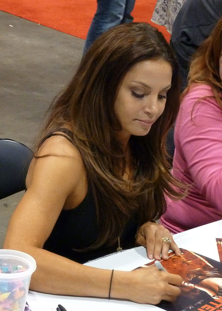 Trish Stratus Without Makeup Pics