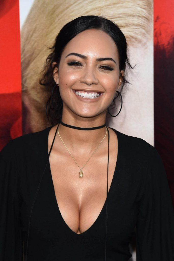 Tristin Mays Braless Wallpapers