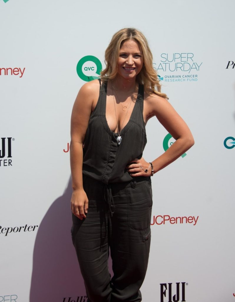 Vanessa Ray Oops Moment Wallpapers