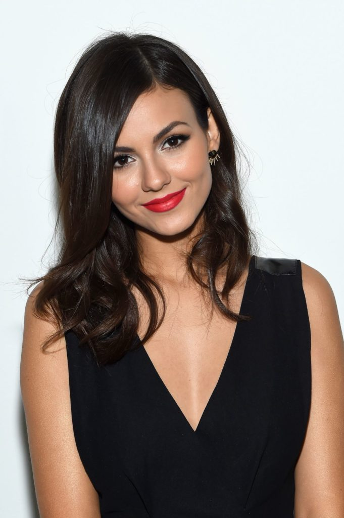 Victoria Justice Body Wallpapers