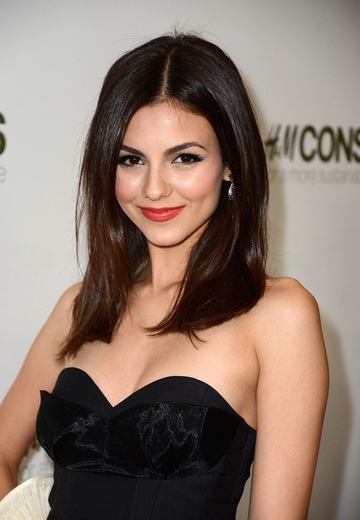 Victoria Justice Hair Style Photos