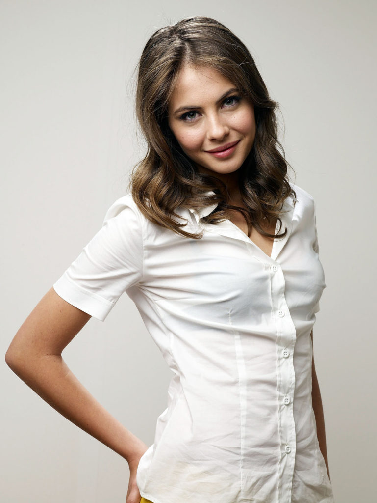 Willa Holland Images
