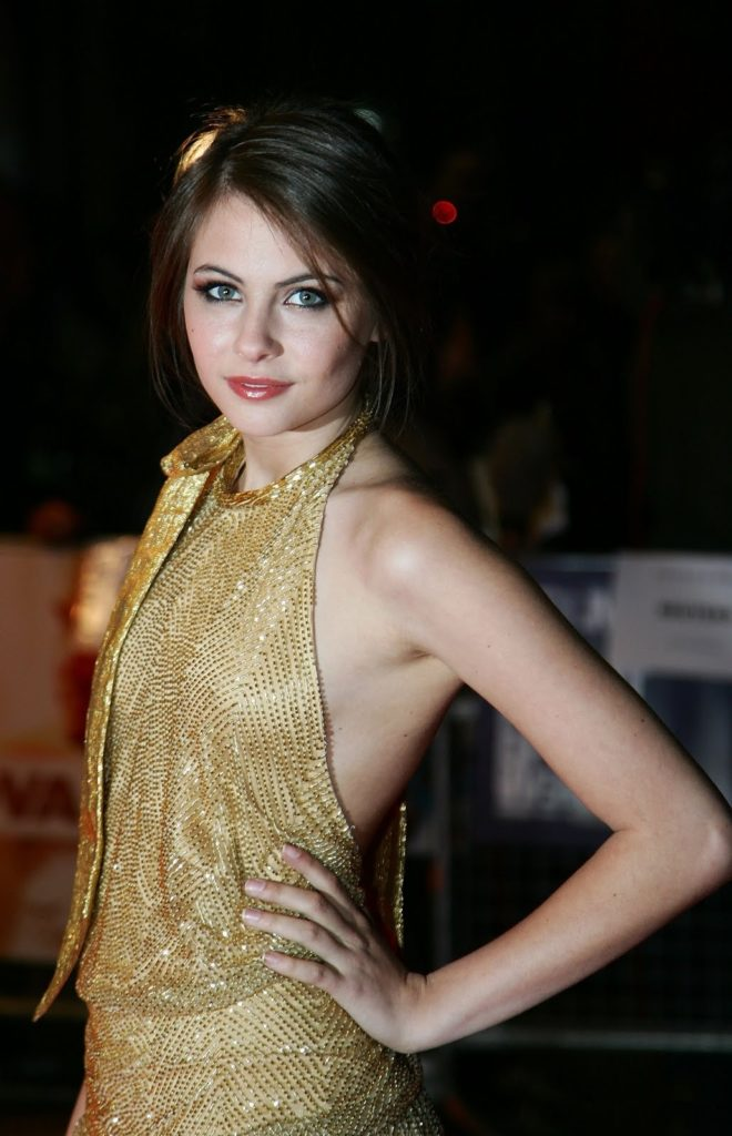 Willa Holland Swimsuit Pictures