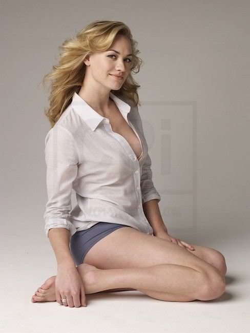 Yvonne Strahovski Working Out Images