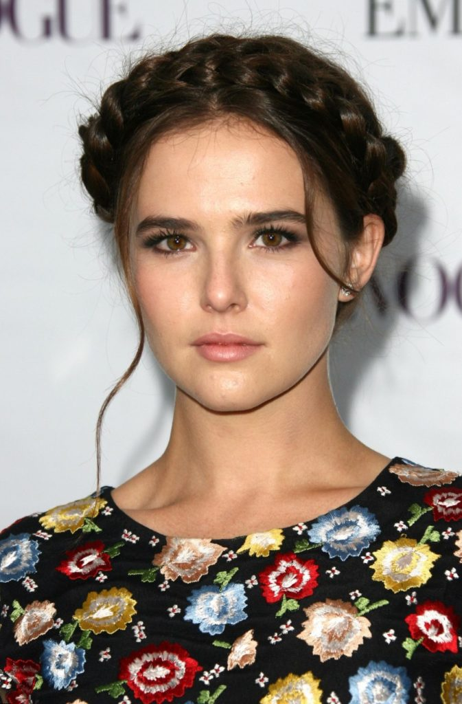 Zoey Deutch Body Pictures