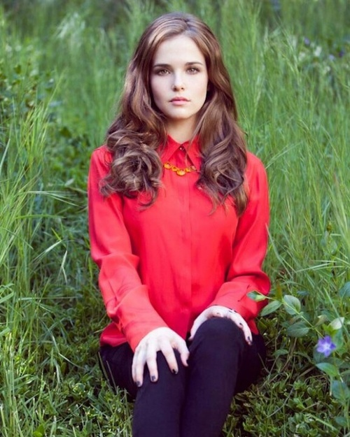 Zoey Deutch Jeans Images