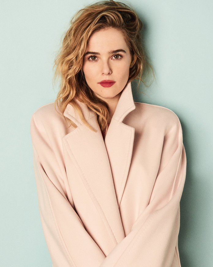 Zoey Deutch Leaked Photos