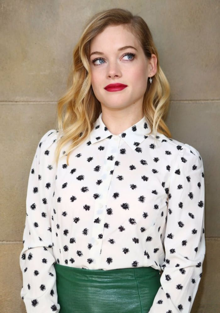 Jane Levy Long Hair Pictures