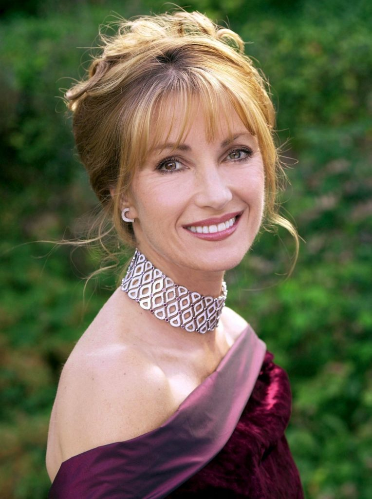 Jane Seymour Boobs Photos