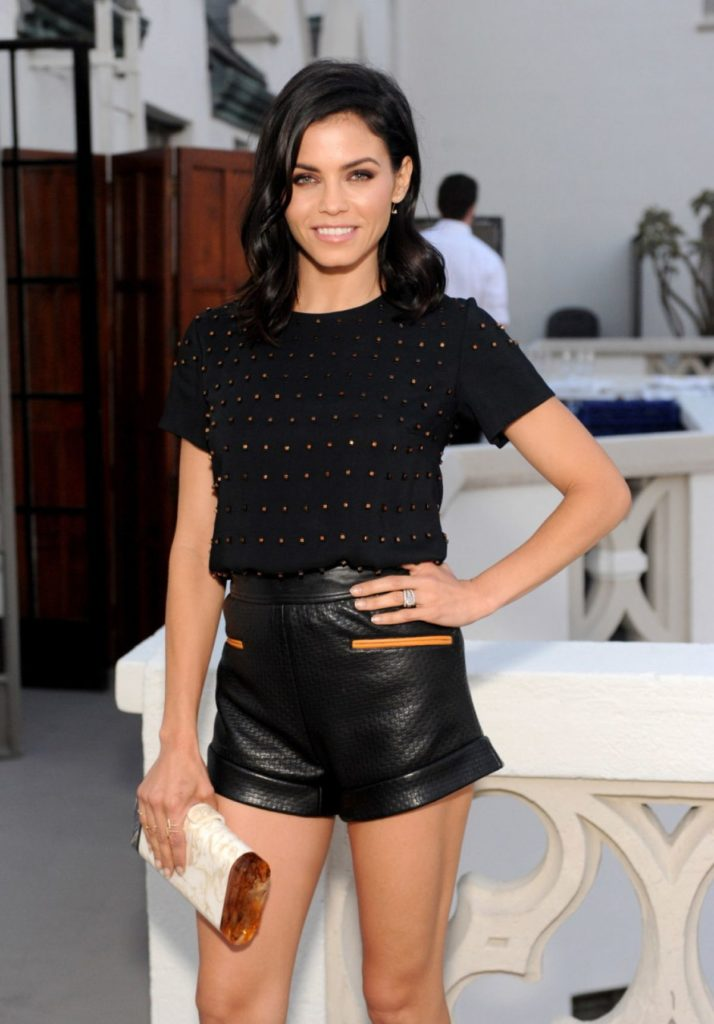Jenna Dewan Working Out Pictures