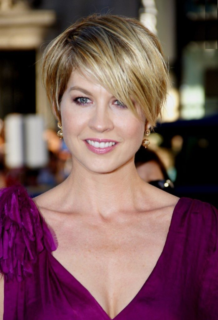 Jenna Elfman Braless Wallpapers