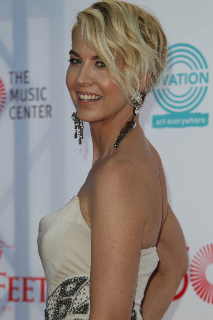 Jenna Elfman Butt Wallpapers