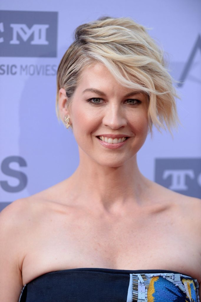 Jenna Elfman Makeup Images