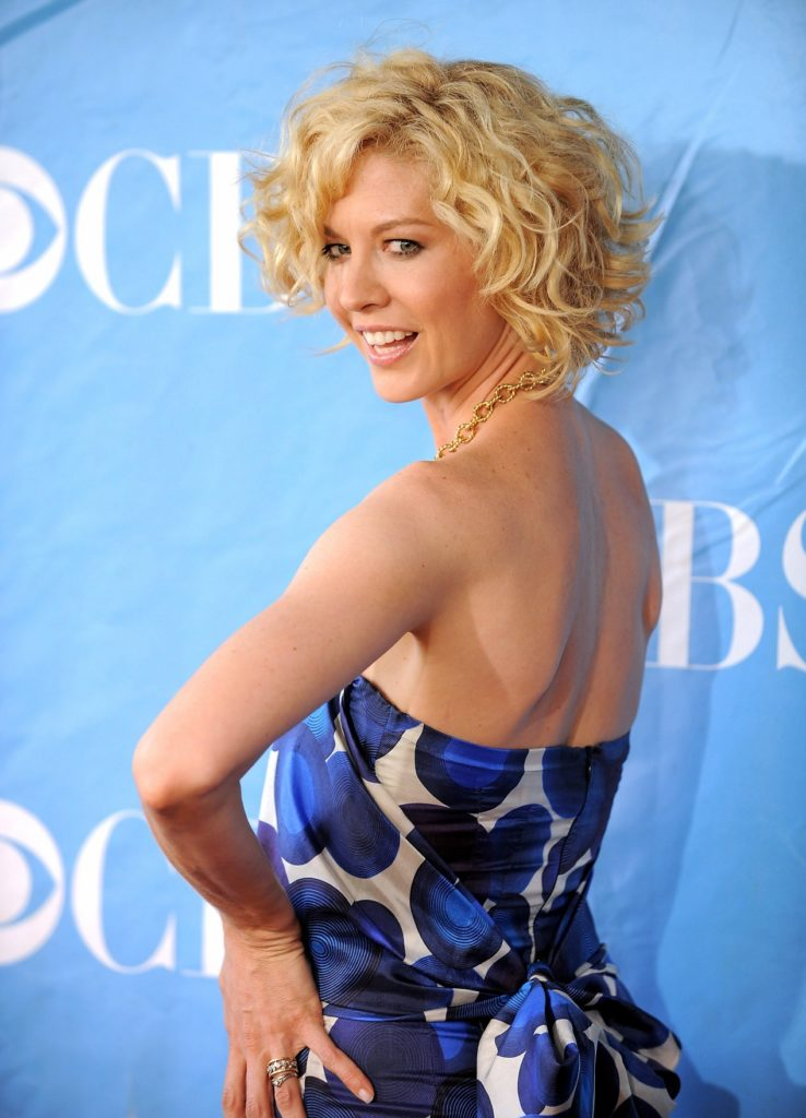 Jenna Elfman Oops Moment Photos