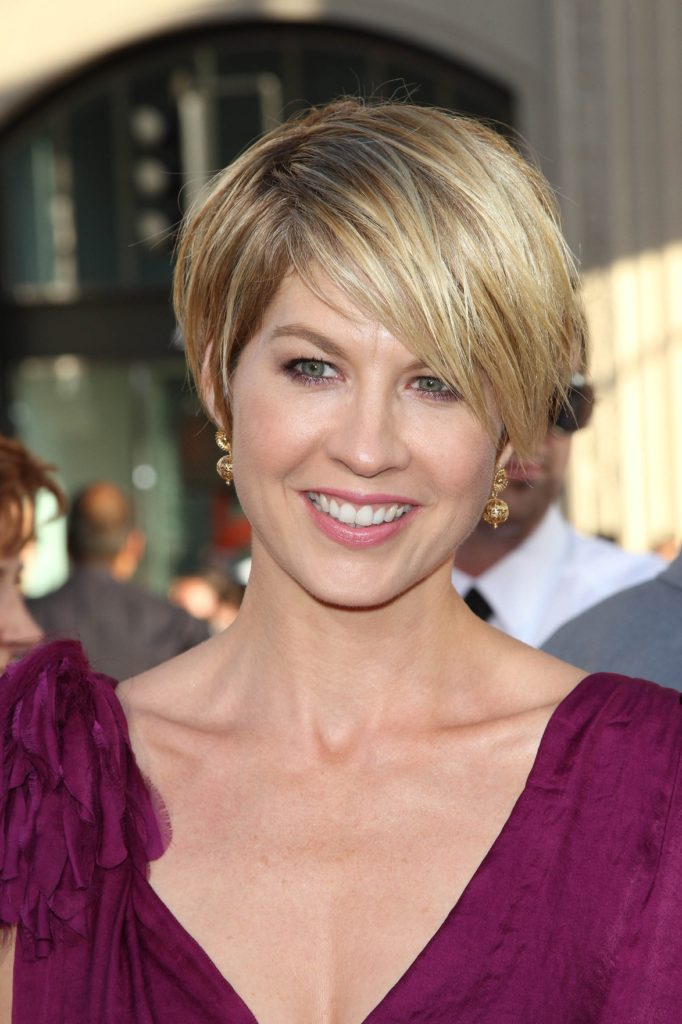 Jenna Elfman Photos