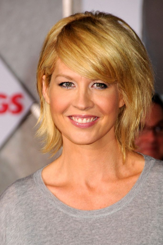 Jenna Elfman Sexy Photos